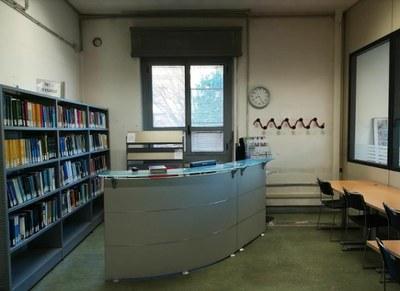 Front-office della biblioteca di fisica